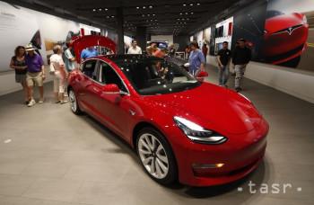 Tesla predstaví na budúci týždeň verejnosti nové SUV