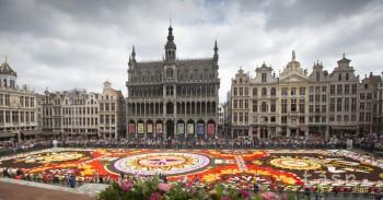 Belgicko: Bruselský kvetinový koberec je tento rok na mexické motívy