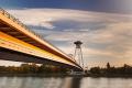 Bratislavské UFO bude mať špeciálne nasvietené piliere
