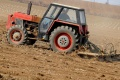 Cena pôdy v Česku prudko rastie, trh sa obáva investičnej bubliny