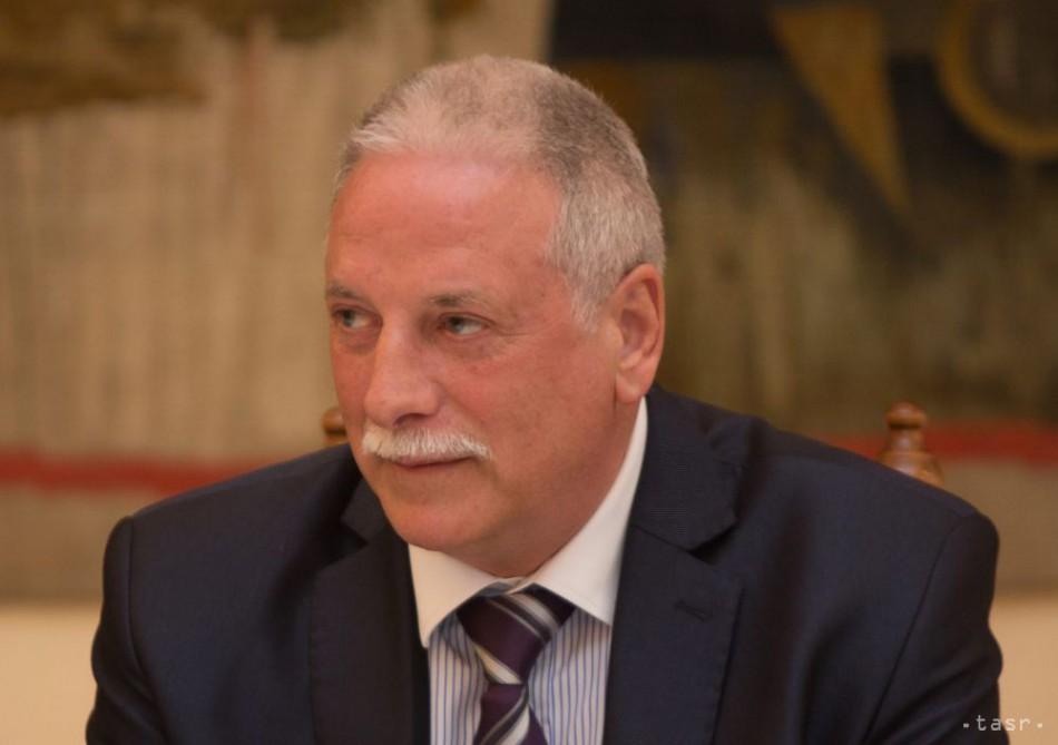 21e6e2a0c Najdlhšie úradujúci primátor P. Mináč končí v Tisovci po 28 rokoch