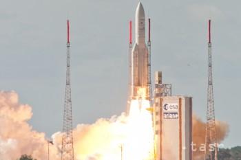 Úspešne vypustili novú indickú meteorologickú družicu INSAT-3D