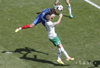 Francúzi porazili Írov 2:1 a postúpili do štvrťfinále