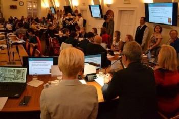 Česi aj Slováci si uvedomujú nevyhnutnosť ovládania cudzích jazykov