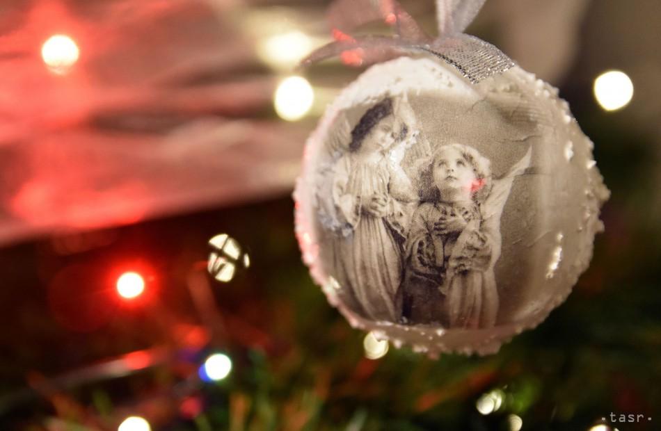 c9b8cb2c56 Vianočný prieskum  Takto oslavujú sviatky Slováci a Česi