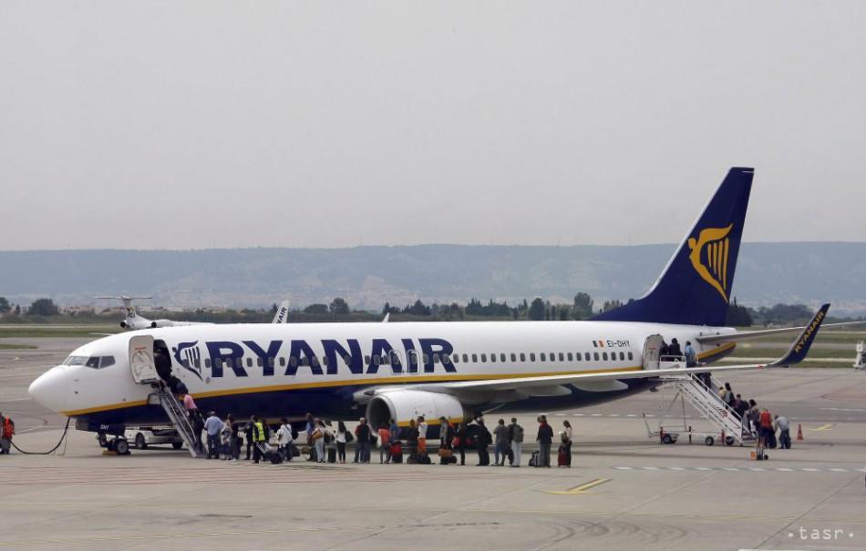 322ea9d988fb5 SKONTROLUJTE SI LETENKY: Ryanair zrušil na budúci týždeň 300 letov