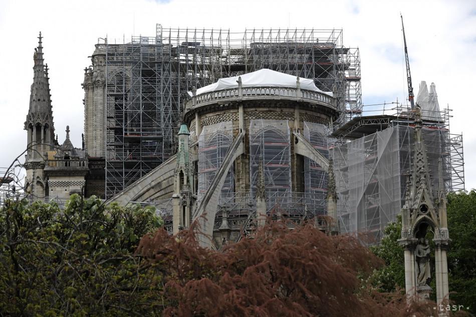 ad69116a2 Na obnovu Notre-Dame prišla iba desatina zo sľúbených miliónov