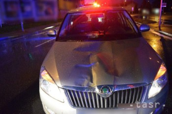 Dôchodkyňa, ktorú dnes v Liptovskom Mikuláši zrazilo auto, zomrela
