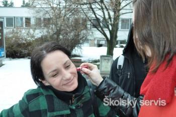 Od priateľa Valentína dostala v Lučenci ružu 10-ročná slečna