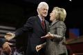 Trump zatiahol do prezidentskej kampane škandály Billa Clintona