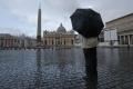 Vatikán vyhnal bezdomovcov cez deň z Námestia sv. Petra