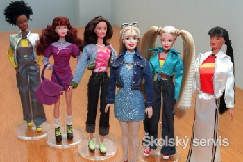 Legendárna Barbie sa predvádza v žilinskom obchodnom centre