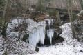 Neoficiálnou zimnou atrakciou Tisovca je ľadopád pri ceste na Bánovo