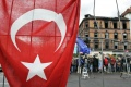 Tureckí novinári protestujú proti zrušeniu TV a rozhlasových staníc