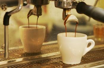 Dobrá káva v dobrej šálke: Rituál pre lepšie zdravie aj sex