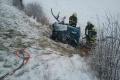 Po tragickej nehode troch ľudí vyslobodzovali hydraulickým zariadením