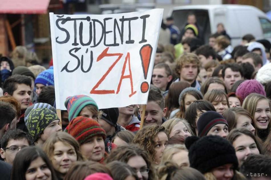stredná škola SŠ protestné zhromaždenie platy učit - Fotodenník ... 58a9ec87c91