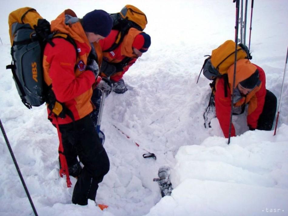 Lavína zabila v Alpách dvoch dánskych lyžiarov - bratov a709852c9c5