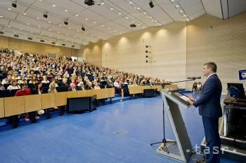 Peter Pellegrini otvoril nový školský rok na na viacerých školách
