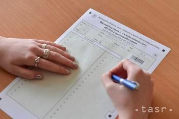 Neúspešní maturanti sa musia prihlásiť na reparát do konca júna