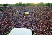 Slovenskí fanúšikovia pred a počas finále MS v hok