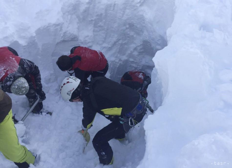 Mŕtvi lyžiari z Tirolska sú skutočne Česi, potvrdilo ministerstvo